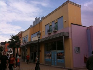 Shoppa i Rom: Valmontone outlet