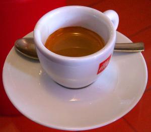 Italienskt kaffe: caffè espresso